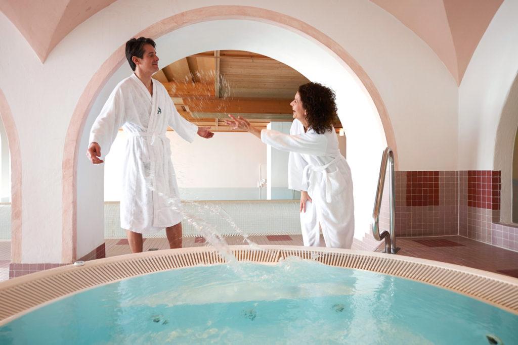 Hotel-Angerer-Alm_Wellness-Spass_Paar